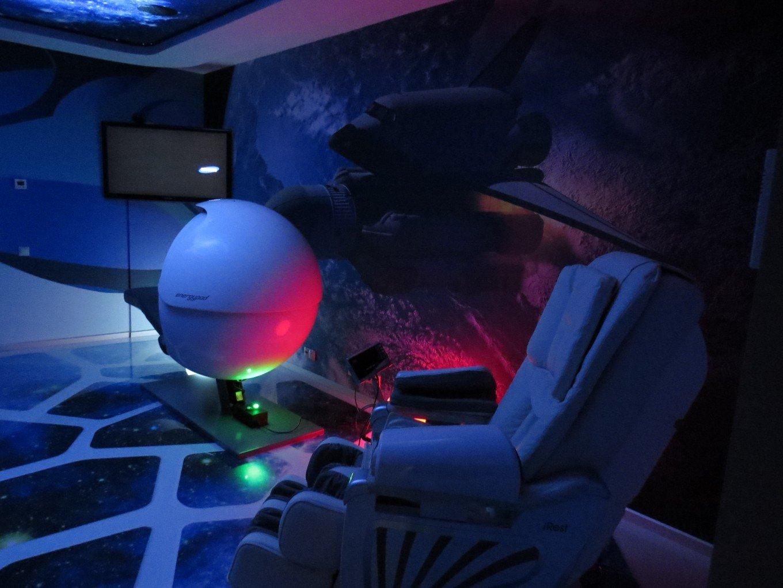 Руководство российского разработчика решений видео-конференц-связи Mind установило в головном офисе капсулу сна для уставших работников.